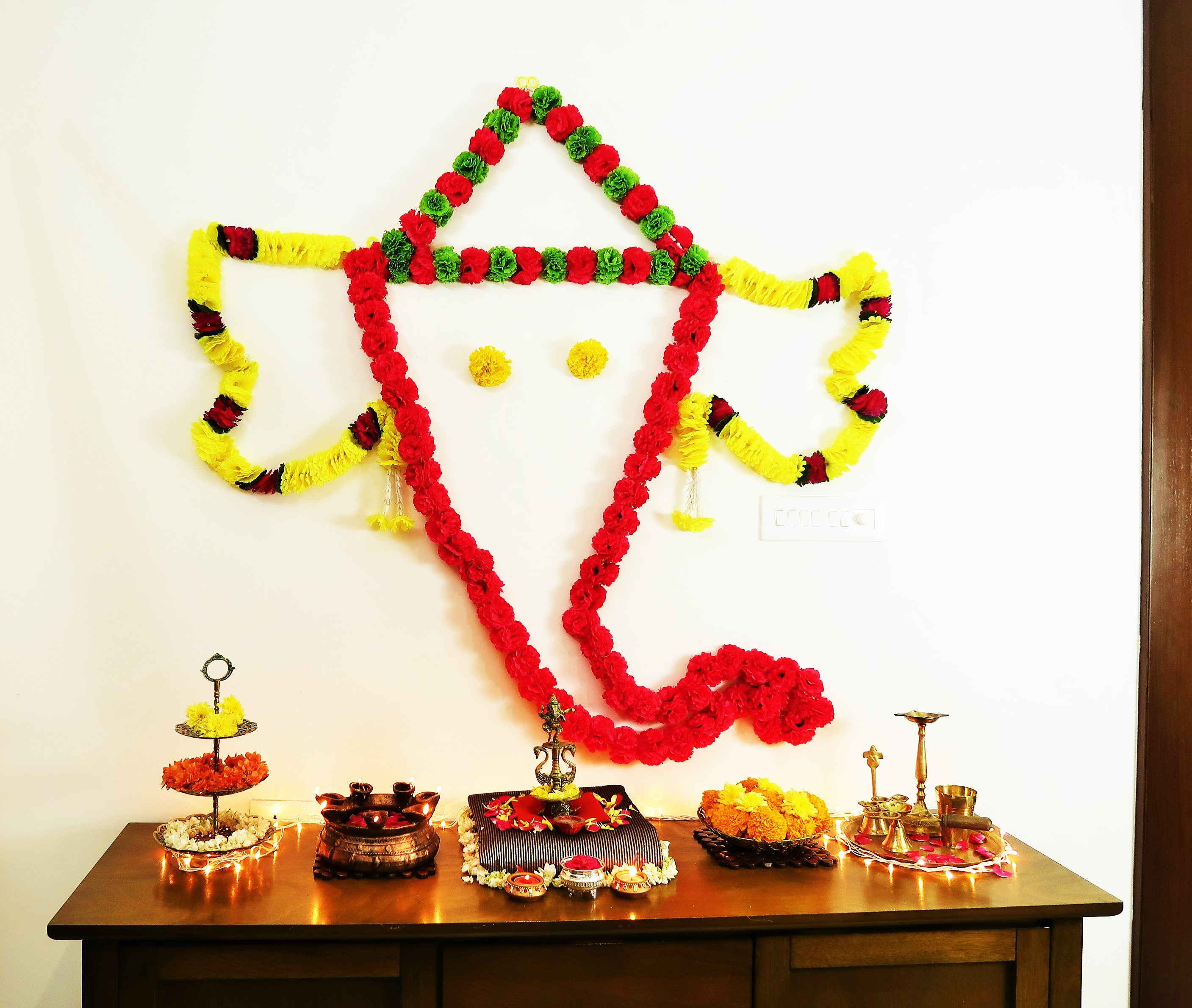 Ganpati Decoration Ideas For Home- DIY Ganesha Wall Rangoli using Command Hooks!