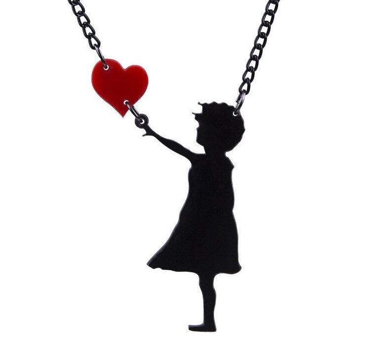Girl with Heart Necklace - BellePark