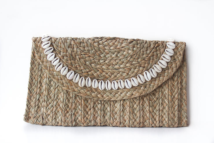 Handwoven Natural Colored Straw Clutch with Natural Shells