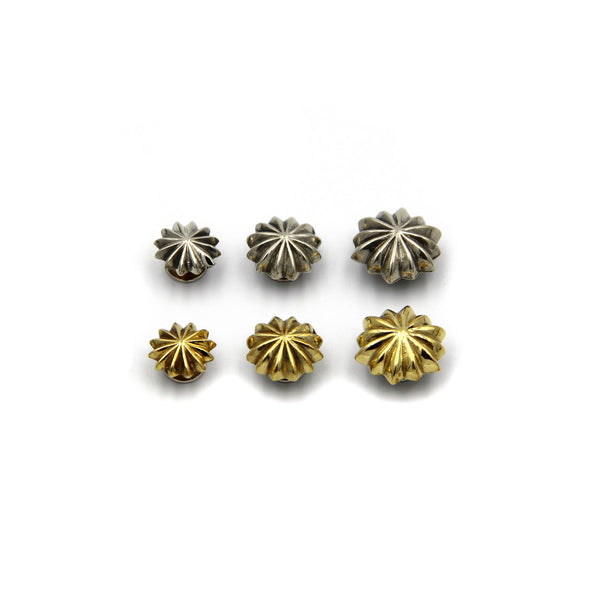 Flower Screw Rivet Conchos 10mm - Metal Field
