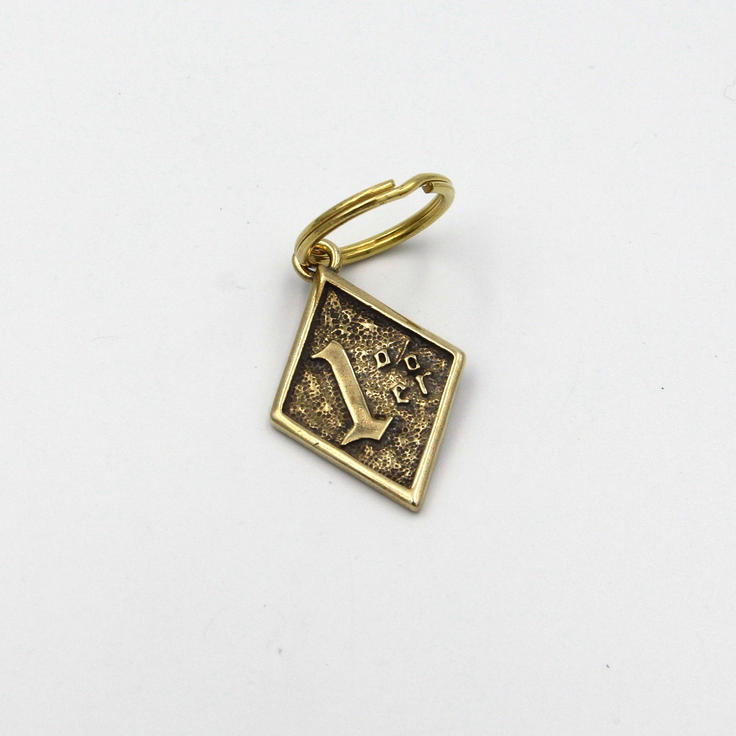 Lucky 1% Pendant - Metal Field