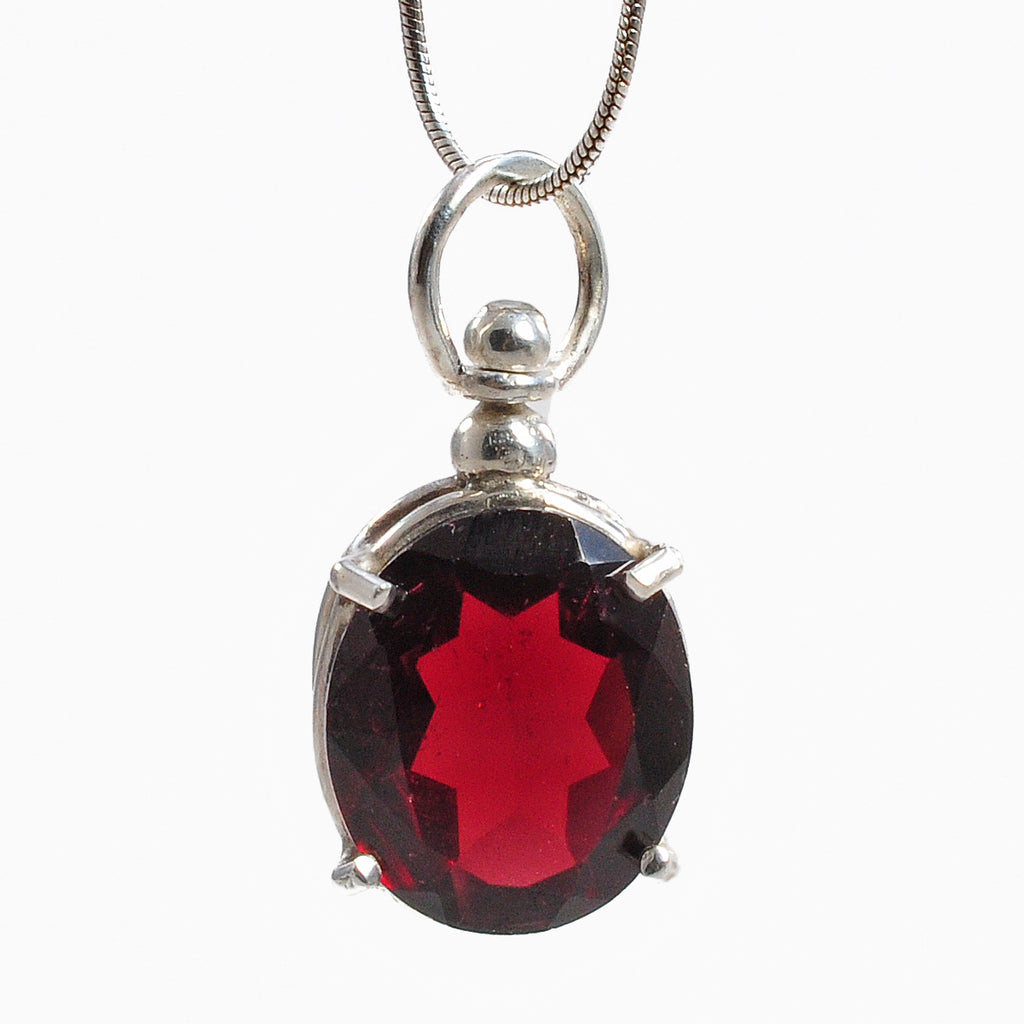 Garnet 13.89 mm 7.27 ct Faceted Oval Sterling Silver Handcrafted Gemstone Pendant