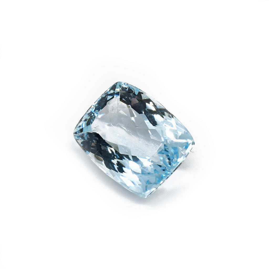 Exceptional Un-Heated Faceted Blue Topaz 11.72ct Gemstone