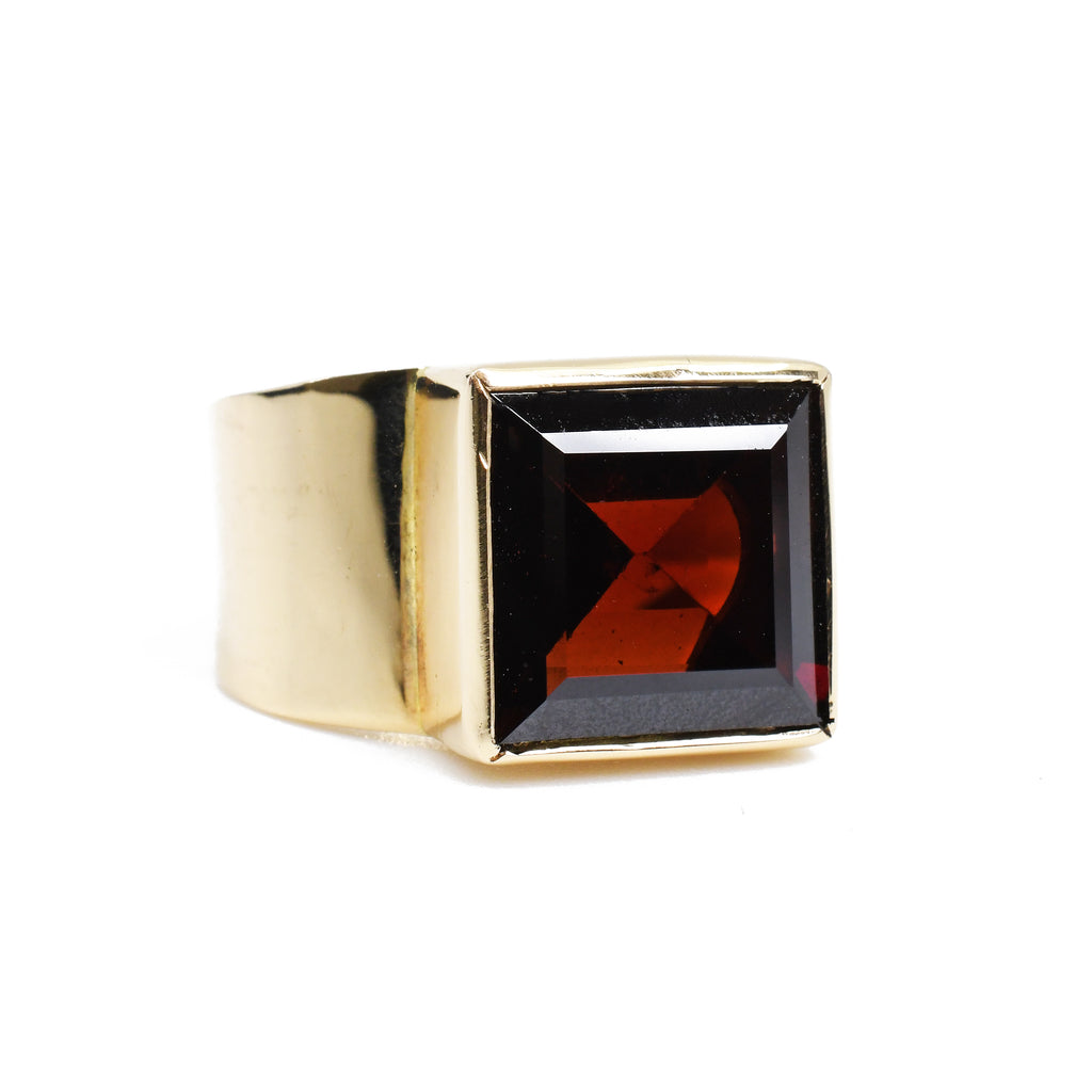 Faceted 6.22ct Garnet Handcrafted 14k Gemstone Ring