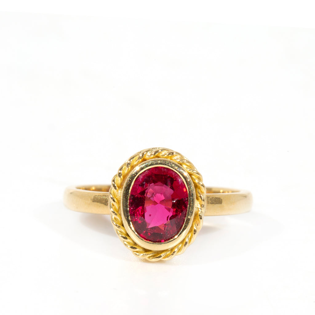 Spinel 1.48 ct Faceted 18k Handcrafted Gemstone Ring