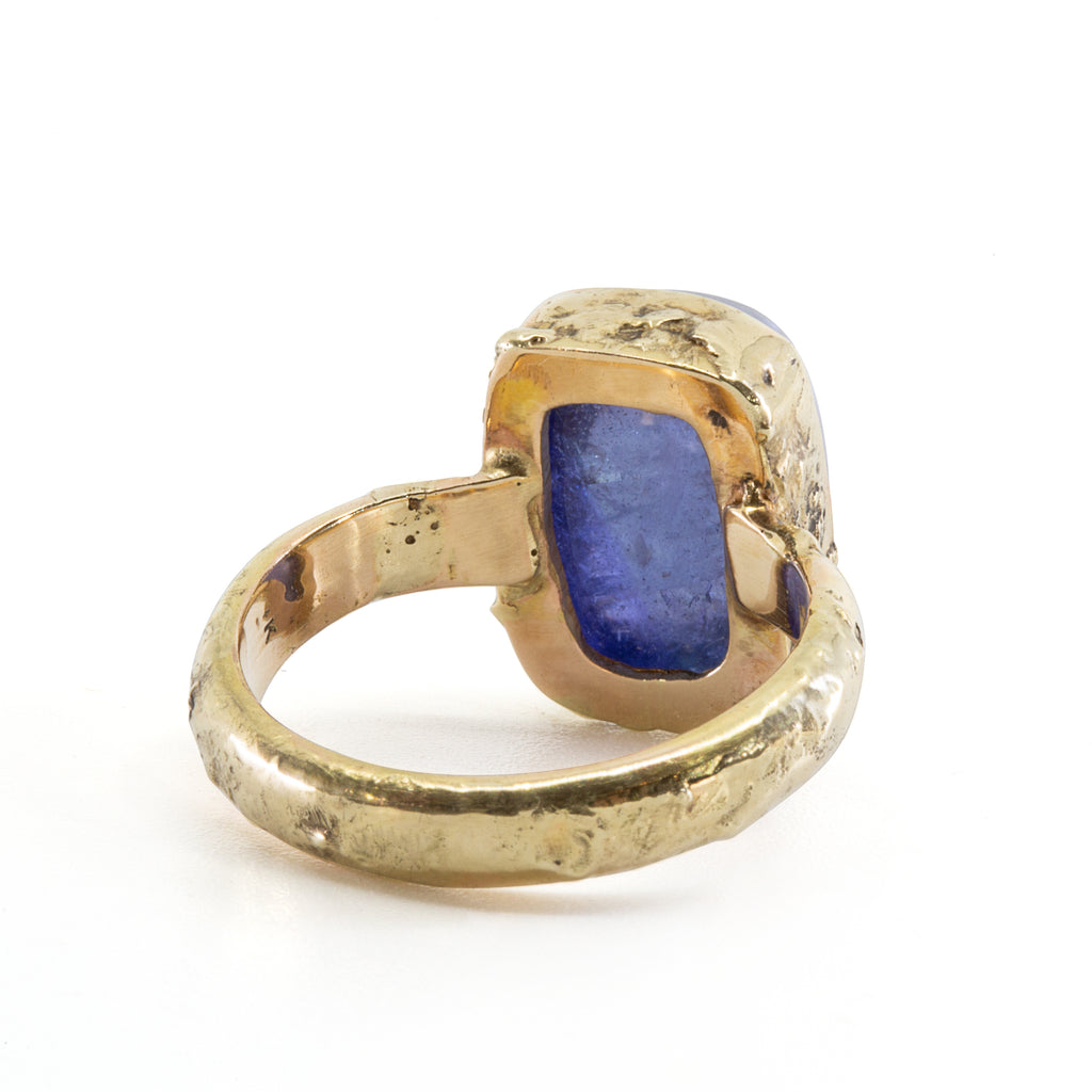 Tanzanite 15 carat Handcrafted 14k Cabochon Ring