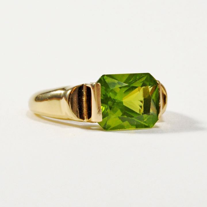 Peridot 2.99 carat 9.91 mm Faceted Gemstone 18K Handcrafted Cantilever Ring