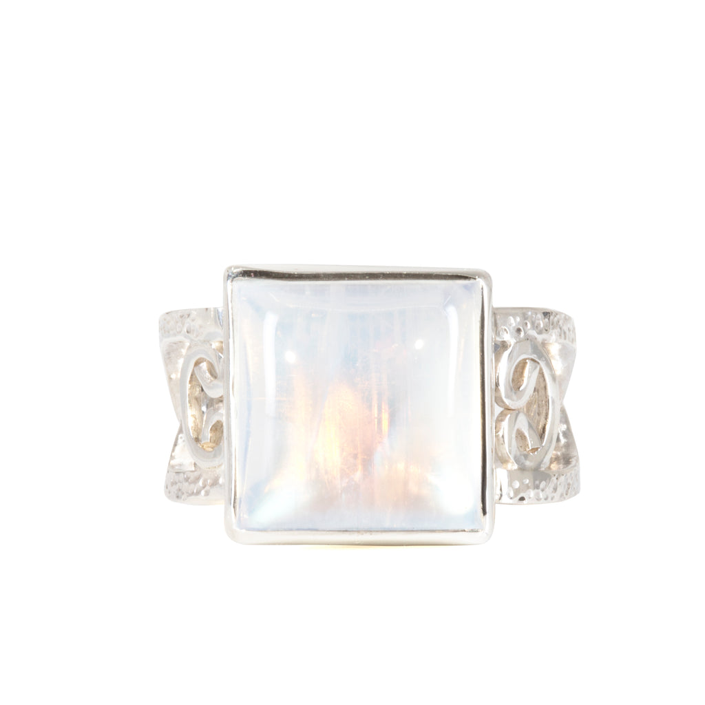 Moonstone 13.34 carat Handcrafted Sterling Silver Ornate Band Ring