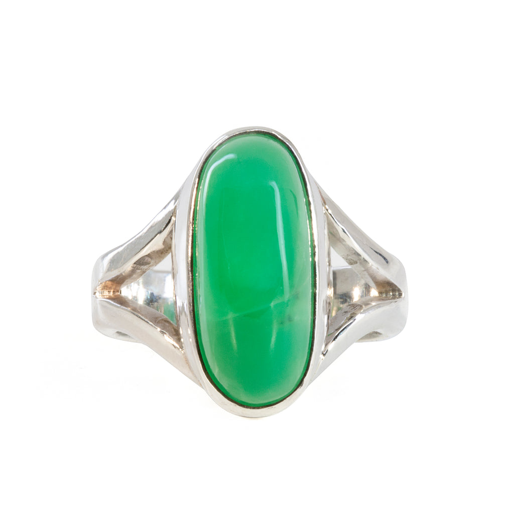 Chrysoprase 9.05 carat Handcrafted Sterling Silver Cabochon Ring