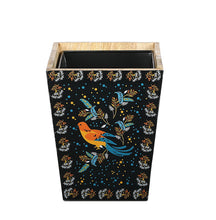 Load image into Gallery viewer, Crayton Birds Mango Wood Dustbin with Metal Inner