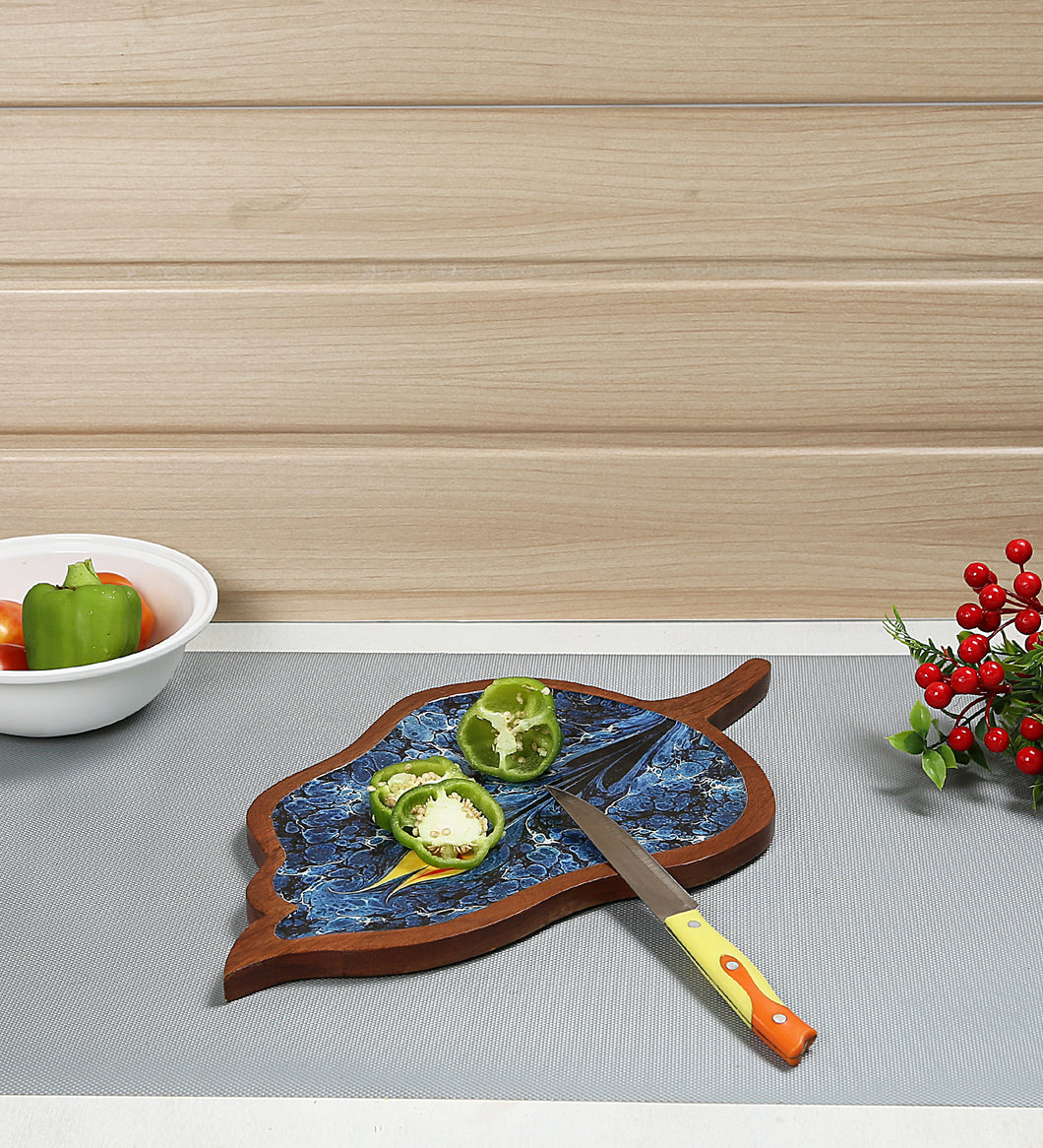Crayton Mango Wood Leaf Shaped Tray