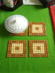 Crayton Square Brown & White Puzzle Bamboo Trivet