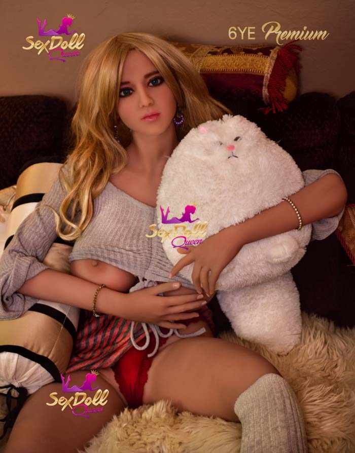 Karie: 6YE White Sex Doll