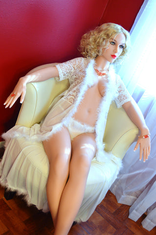 Clara: WM White Sex Doll
