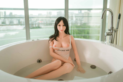 Laura: WM Asian Sex Doll