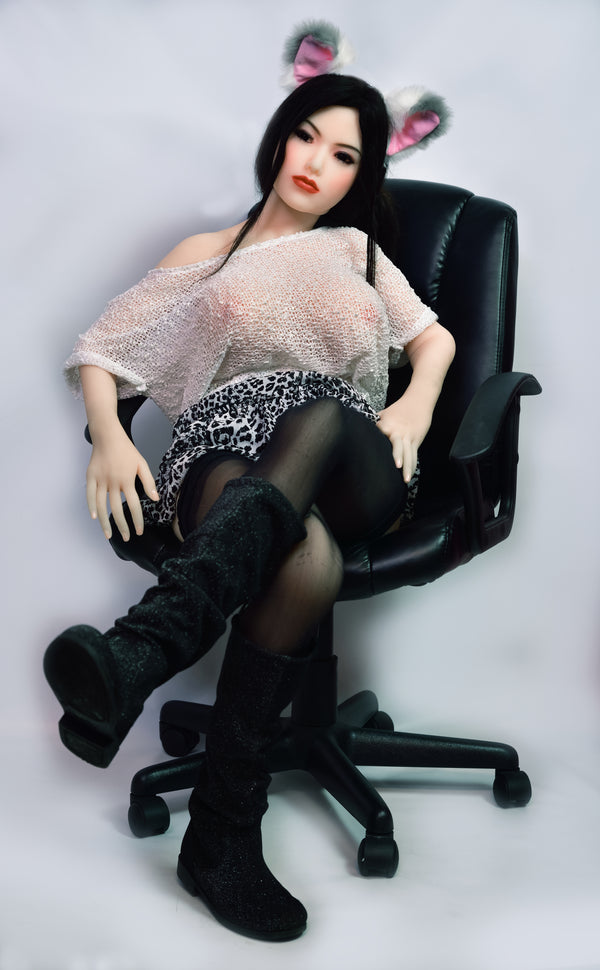 Evelyn: HRDOLL Asian Sex Doll