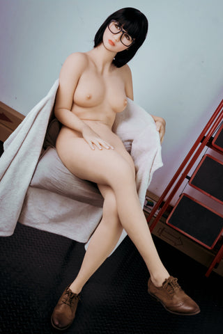 Lindsay: WM Asian Sex Doll