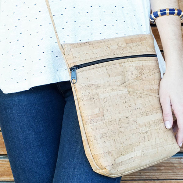 Cork Crisscross Pocket Cross Body Bag | Field Museum Store