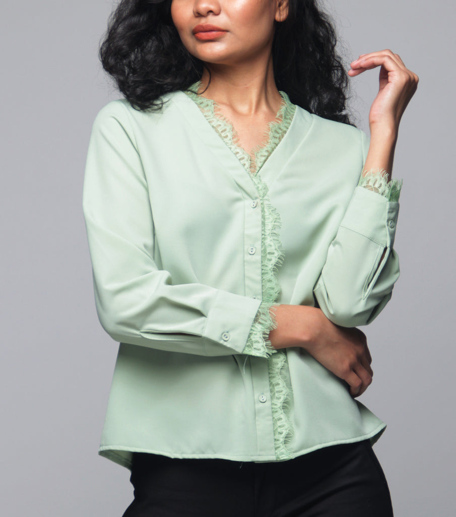 Keisha Long Sleeve Blouse w/ Lace Trim