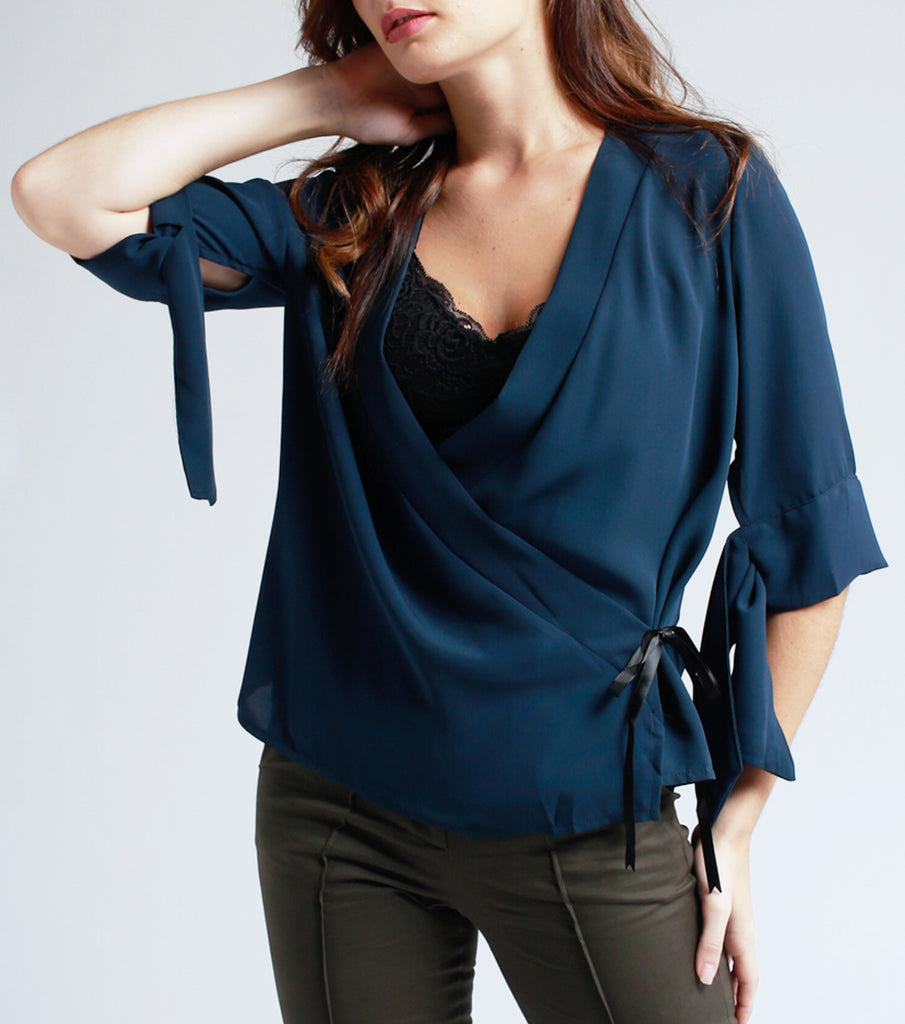 Kea Overlapping Blouse (Blue)
