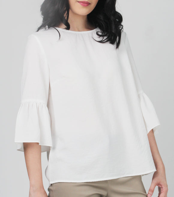 Jerry Scoop Neck Quarter Bell Sleeves Top