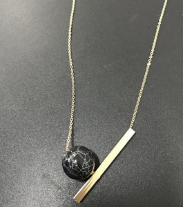 Lyza Gold Necklace w/ Marble Pendant