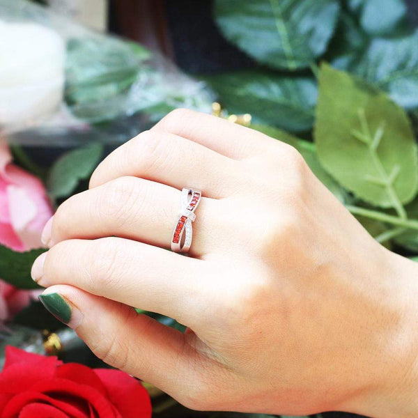 July Queen - Infinity Knot Ring