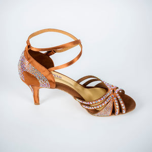 dance in style - milan Italian made women dance shoe, 30 day return policy, flat rate shipping.