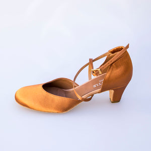 dance in style - moscow Italian made women dance shoe, 30 day return policy, flat rate shipping.