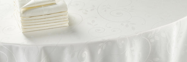 Dress Your Dining Table With Luxury Linen