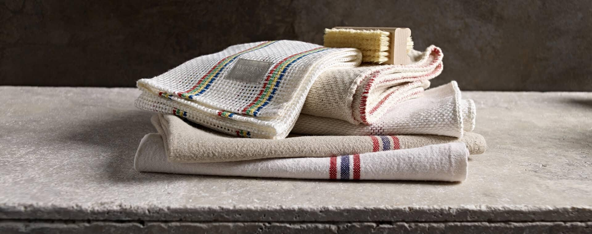 Woods Traditional Kitchen Linens