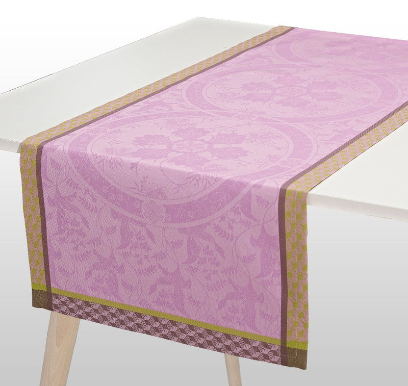 Duchesse Cotton Table Runner - Pink