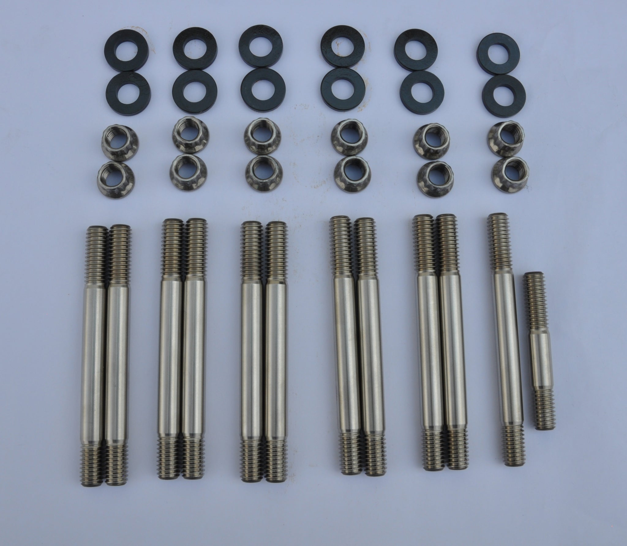 Caterpillar Manifold Stud Kit