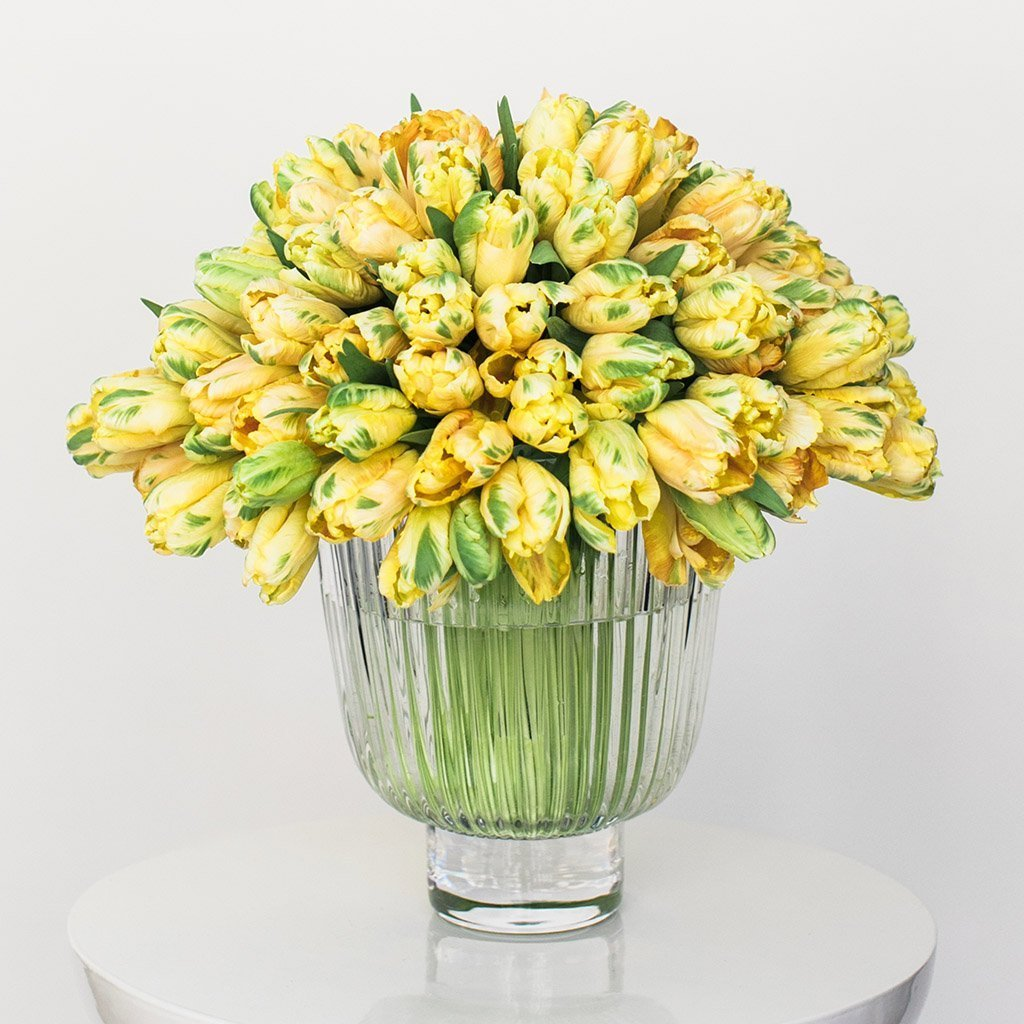 Citrus modern bouquet example