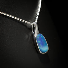 Load image into Gallery viewer, Opal pendant - 101