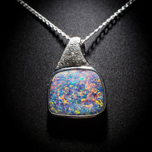 Load image into Gallery viewer, Opal pendant - 113