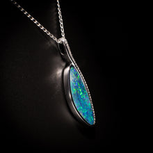 Load image into Gallery viewer, Opal pendant - 114