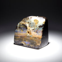 Load image into Gallery viewer, Opal specimen - 6