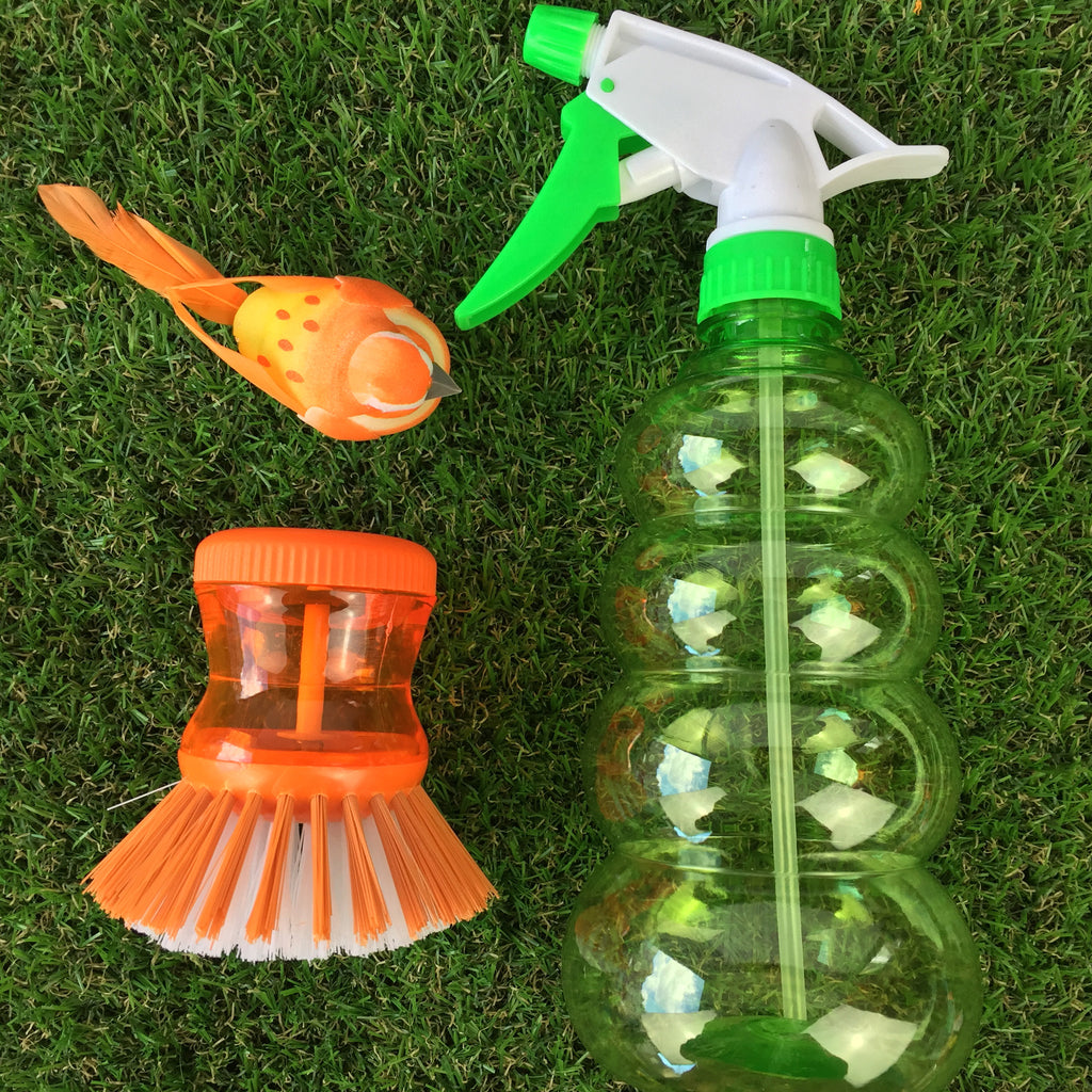 Ribbed Spray Bottle