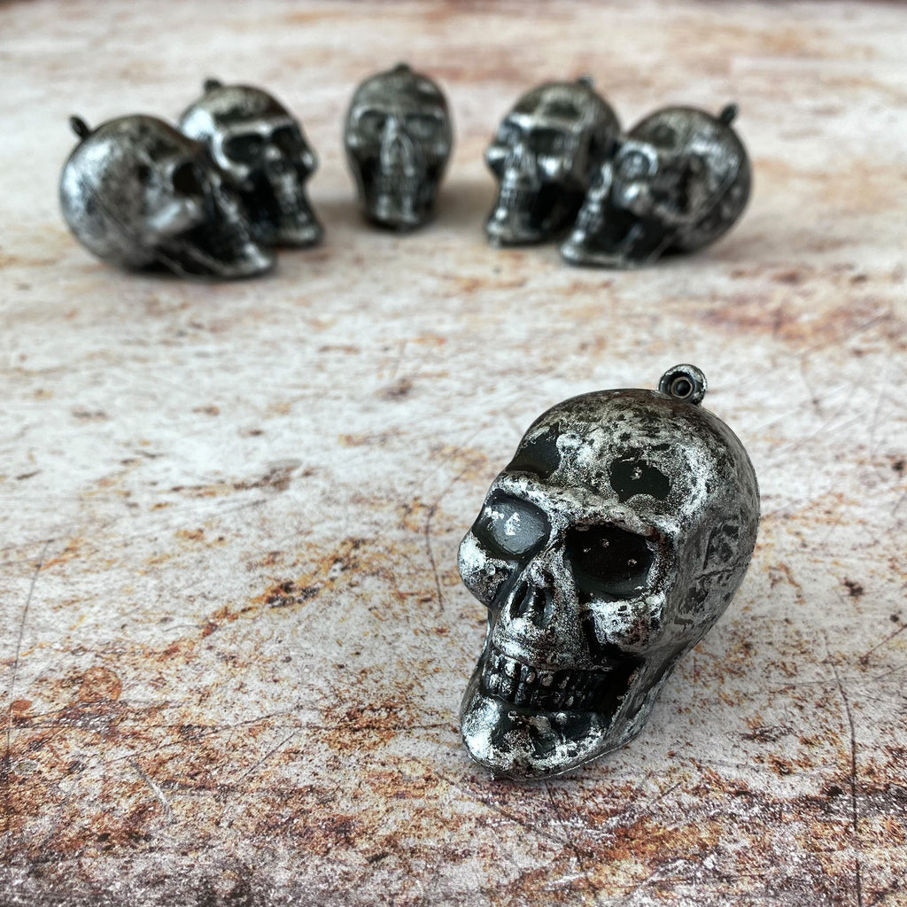 6 Skull Head Decorations