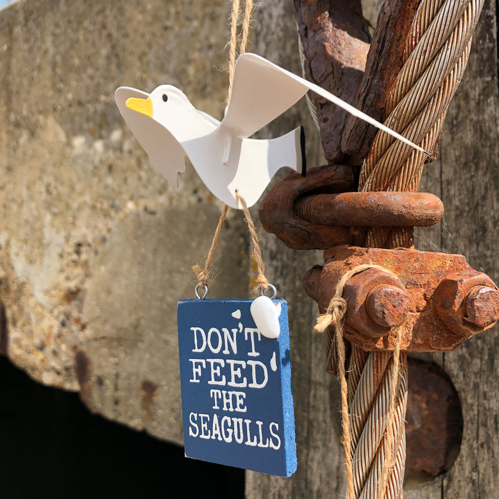 Don't Feed The Seagulls Sign
