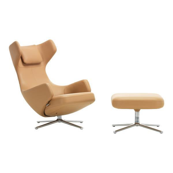 Grand Repos Chair and Ottoman