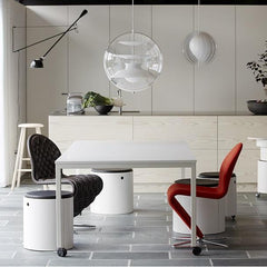 Panton Move Table