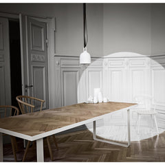 Nobel Dining Table