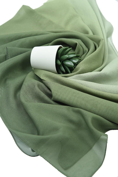 Gradient / White Scarf Hijab