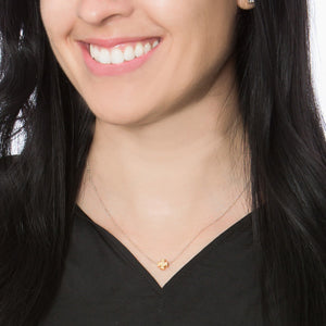 Faith Petite Necklace Gold Model