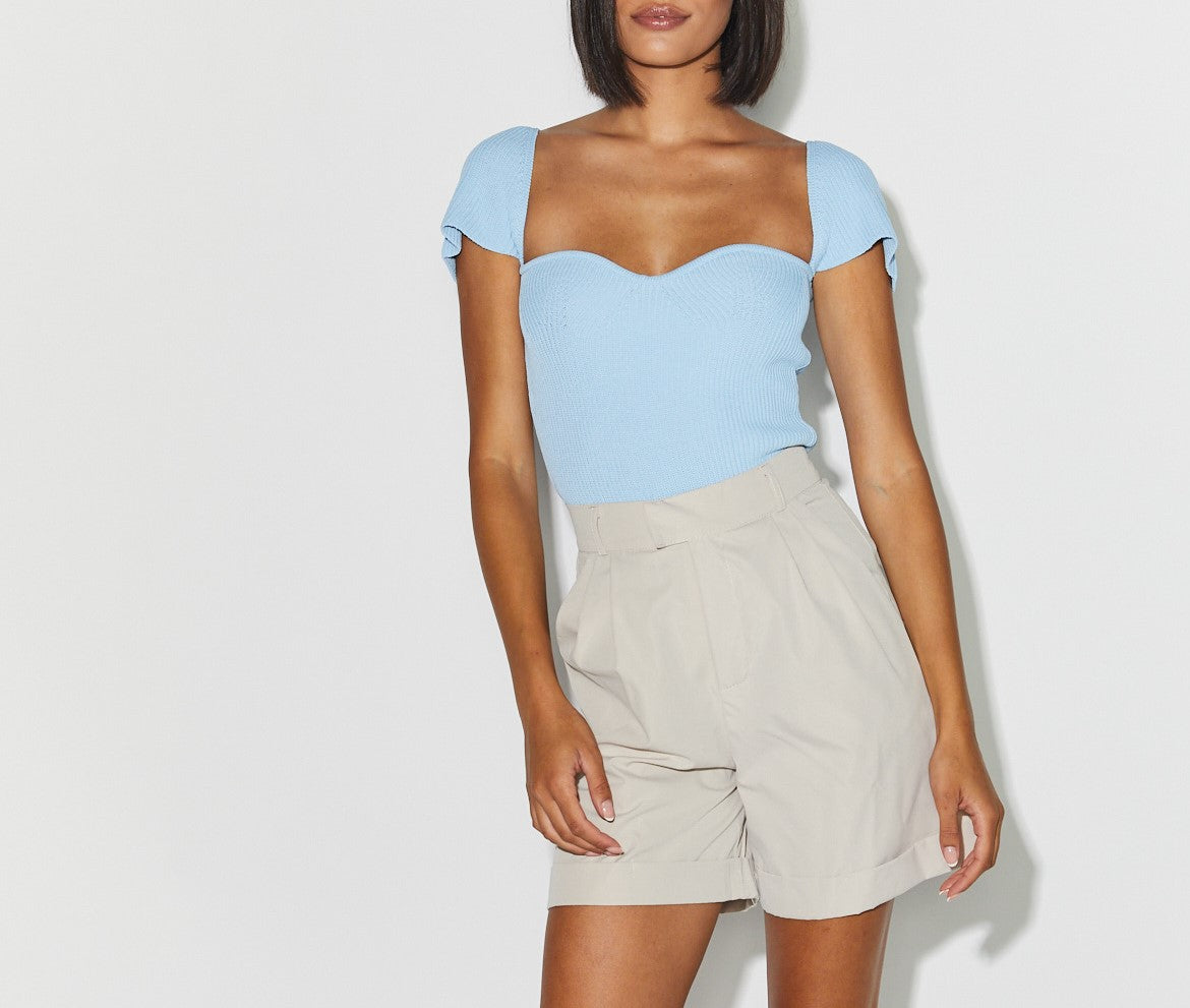 Cut top blue