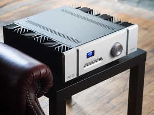 Pass Labs INT-25 Integrated Amplifier