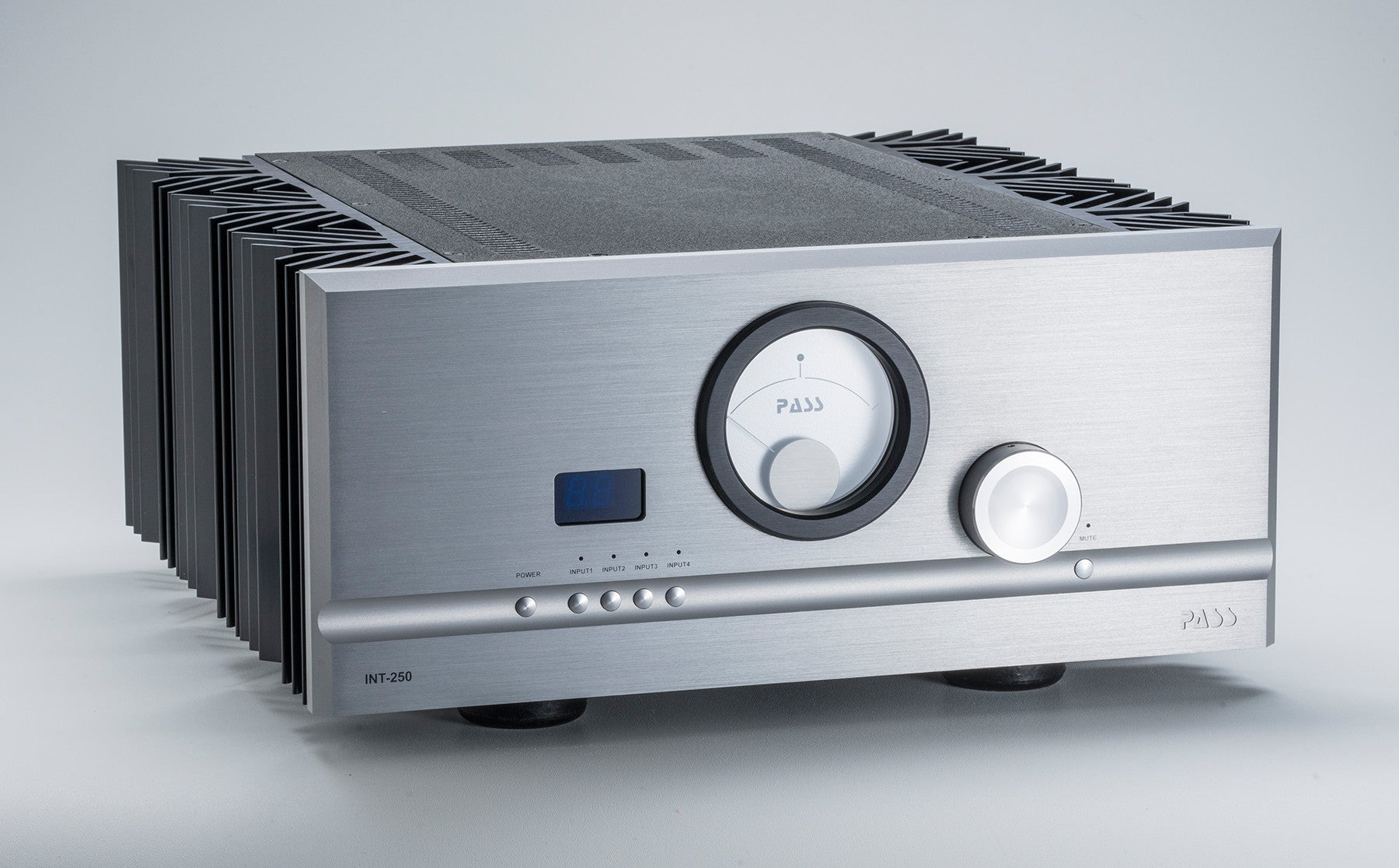 Pass Labs INT-250 Integrated Amplifier