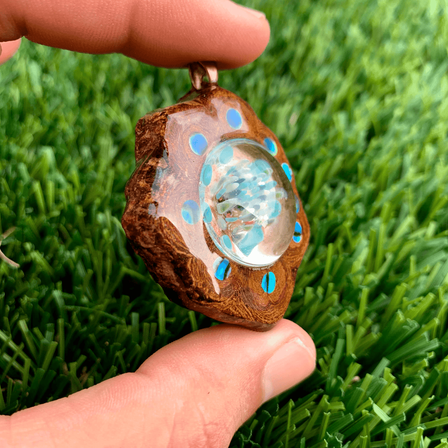 Ayahuasca Pendant | Glass Implosion/Abalone Shell - Tame Mane